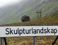 Skulptur in Flakstad