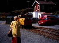 Personenzug vor dem Silberbergwerk - Kongensgruve